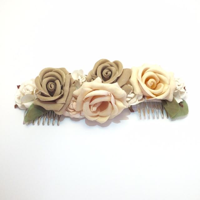 Tocado flores Back Love Story Novias