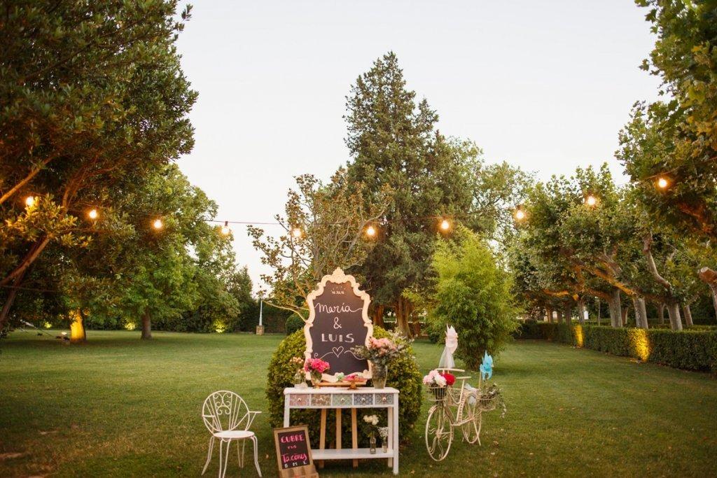 Rincón Bienvenida Cubretacones-Decoración de Bodas Love Story