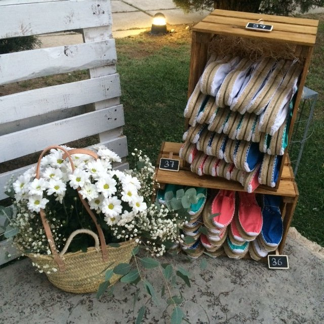 Wedding Planner Love Story Novias-Bodegón Alpargatas