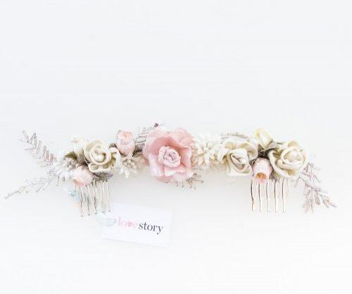 http://lovestorynovias.com/wp-content/uploads/2017/07/tocado_flores_back_pink_love_story_novias_zaragoza.jpg