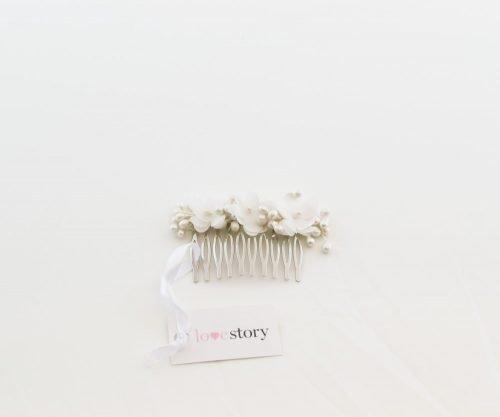 tocado_peineta_flor_blanca_Love_story_novias_zaragoza