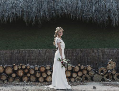 La novia del labial borgoña