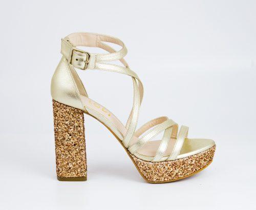 sandalia-dorada-glitter-lodi-love-story-novias