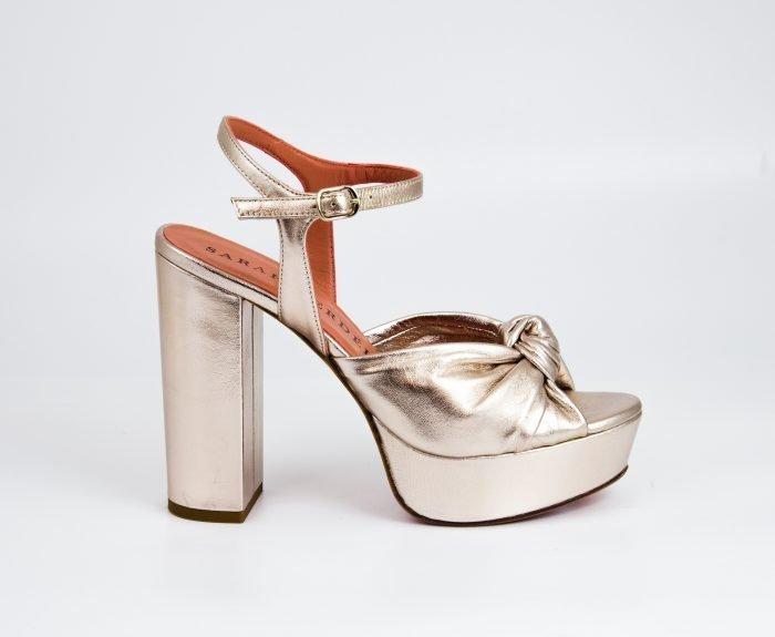 sandalia dorada plataforma