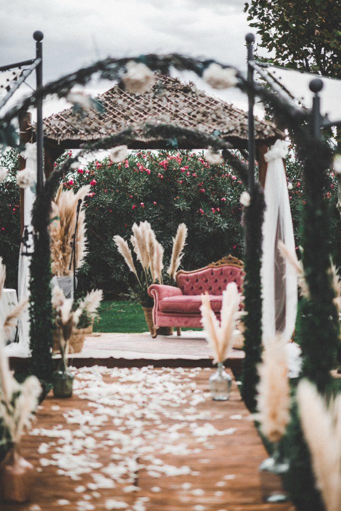 decoracion-ceremonia-boho-chic-love-story-novias