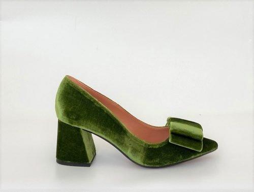 zapato-leonor-verde-velvet-sarah-verdel-lovestory-novias-02