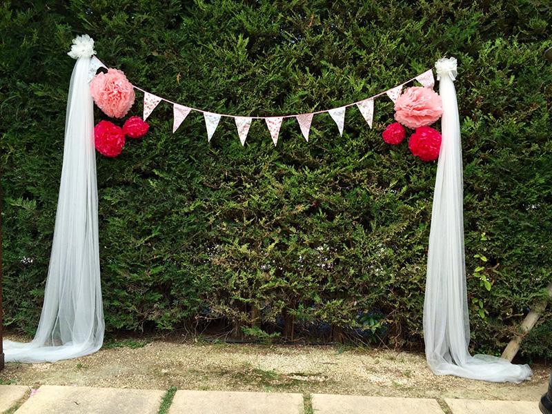 Photocall de boda donde inmortalizar a los invitados Love Story Novias