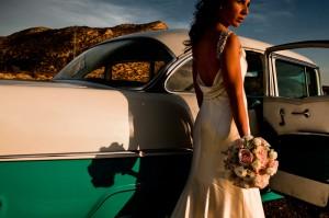 Coche de boda Love Story Novias Wedding Planner Zaragoza Chevrolet