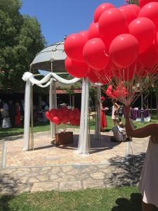 Suelta de globos boda Love Story Novias Wedding Planner Zaragoza